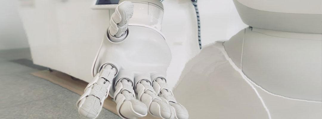 رباتها در ایام پسا کرونا در کنار انسان